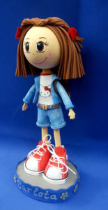 Muñeca de goma EVA