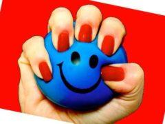 pelotas antiestrés en las pausas activas en el trabajo